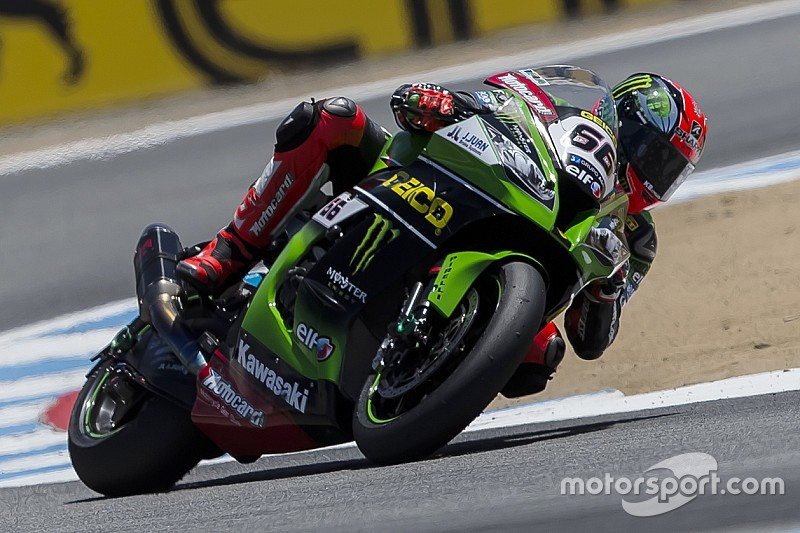Tom Sykes claims Malaysian Superpole