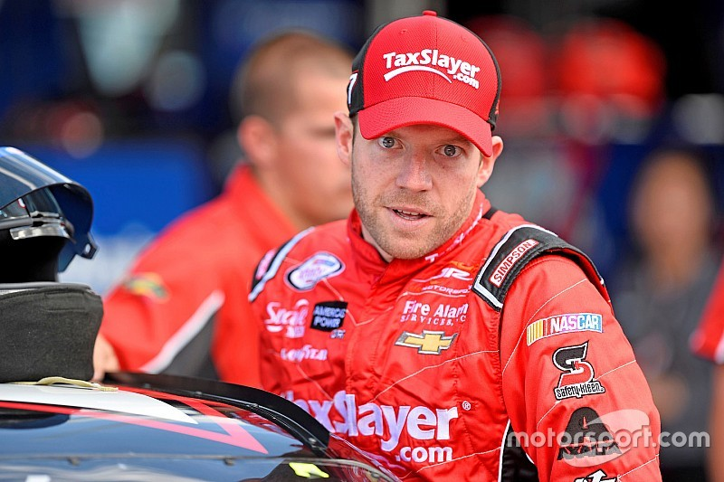 Regan Smith fighting for his ride - video