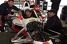 Foto: Nelsinho faz teste em carro da Penske em Sonoma