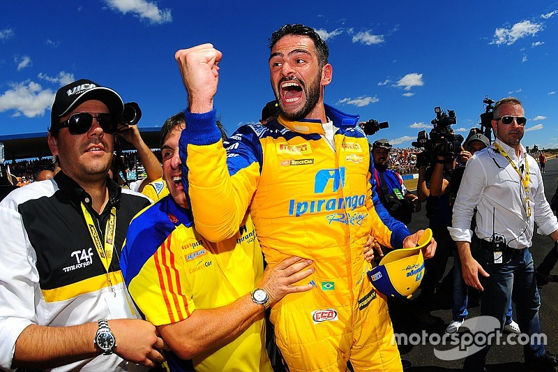 Camilo bounces back from horror crash to claim million-reais prize