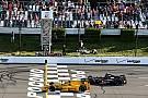 Хантер-Рей выиграл насыщенную авариями гонку в Поконо