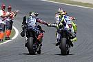 Rossi brinca sobre Lorenzo: