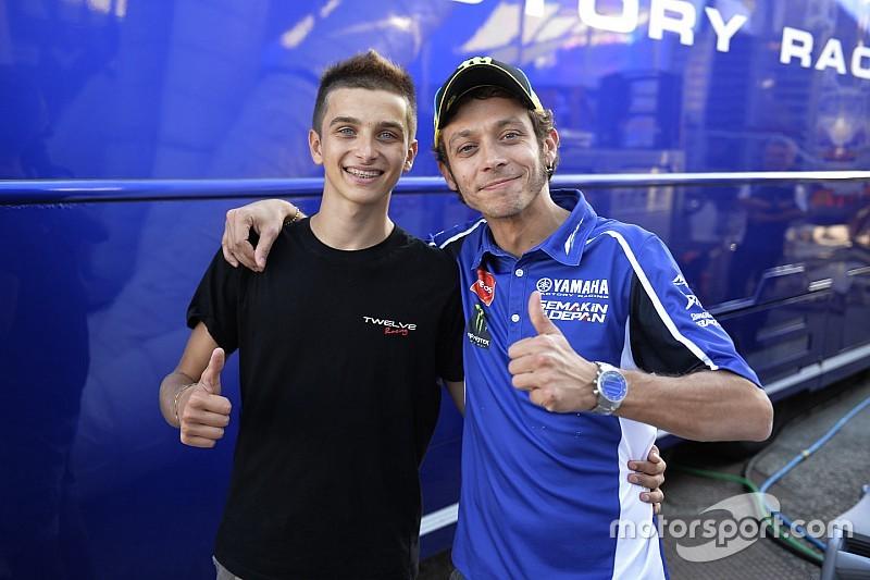 Meio-irmão de Valentino Rossi disputará Moto2 em Misano