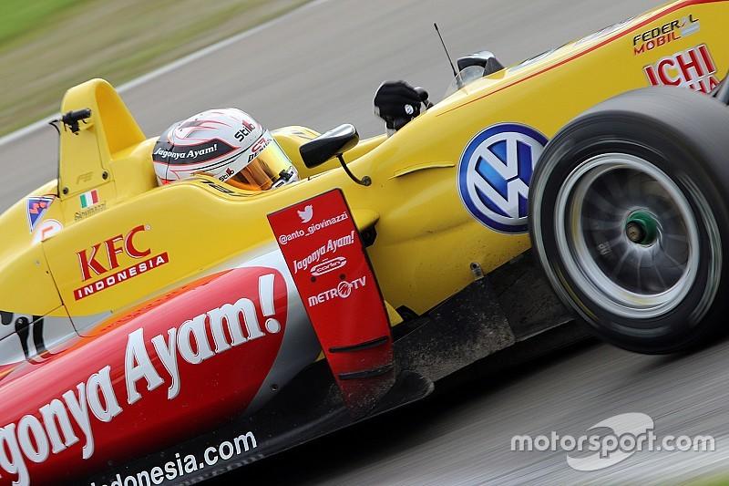 جيوفينازي يهيمن على مجريات السباق التأهيلي للماسترز في فورمولا 3