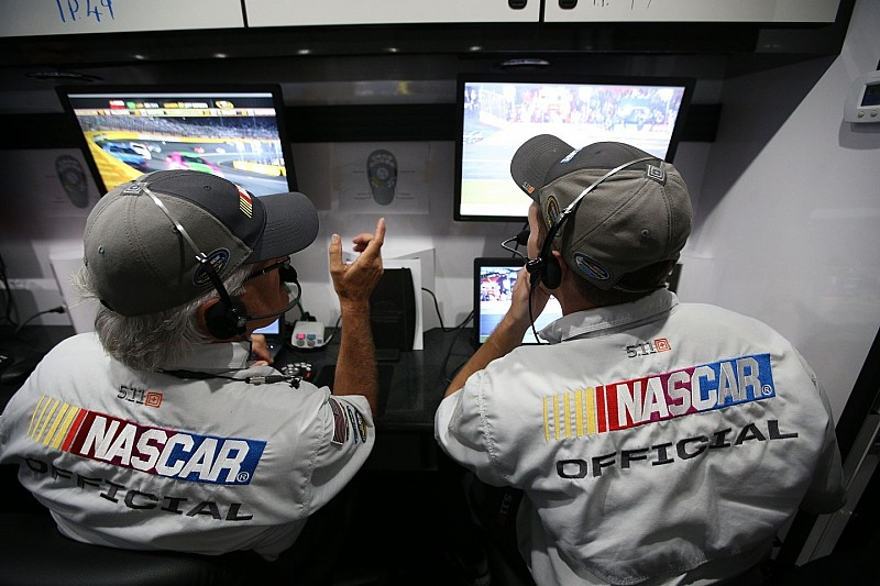 NASCAR to monitor restarts closely at Chicagoland