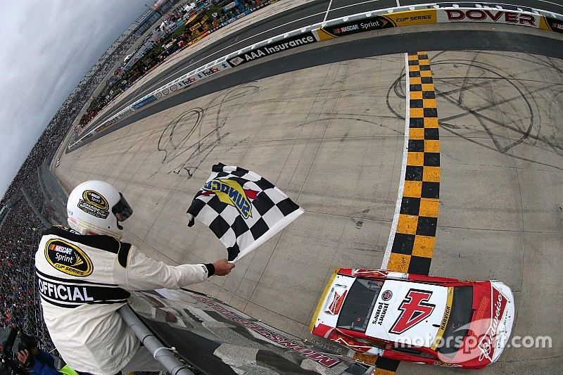Dover notebook: The storylines beyond Harvick and Johnson