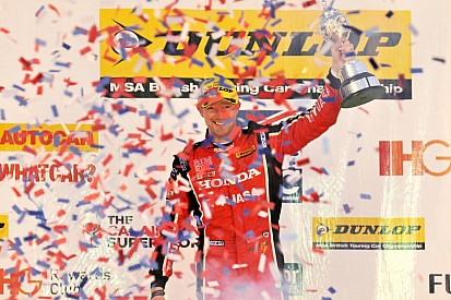 Gordon Shedden titré à l'issue d'un week-end à suspense