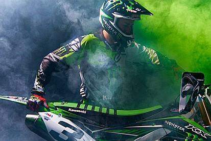 Eli Tomac ha firmato per Monster Energy Kawasaki