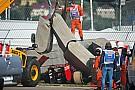 Crash Sainz: ha rallentato da 153 km/h a 0 in 4 metri!