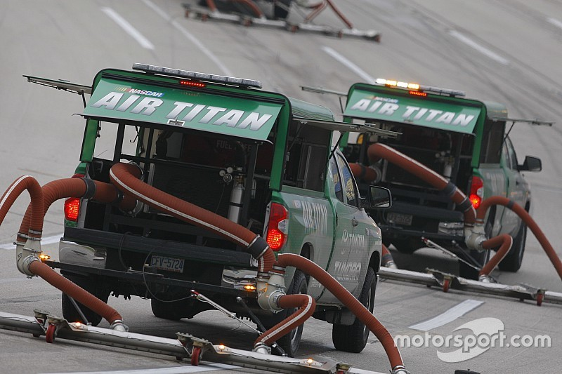 'Weepers' bring NASCAR track action to a halt at Texas