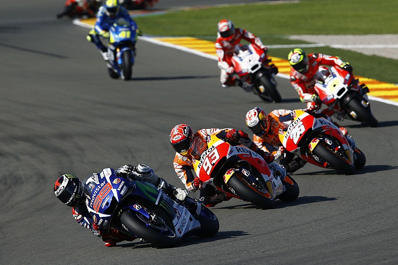 """Rossi: """"Marquez acted as bodyguard for Lorenzo"""""""