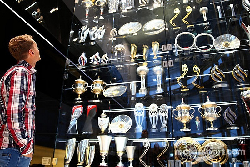 Red Bull trophy thieves sentenced to jail