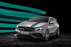 Formule 1 Actualités Mercedes fête ses deux titres en F1 avec une A45 édition spéciale