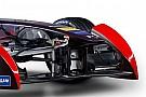 DS Virgin Racing con diseño navideño en Uruguay