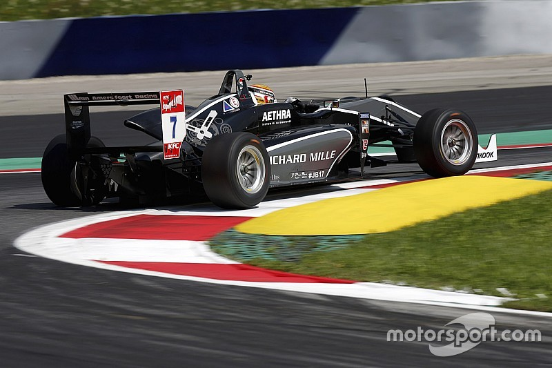 Van Amersfoort switches to Mercedes power