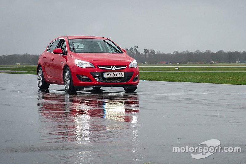 Top Gear's sterrenauto te koop via online veiling