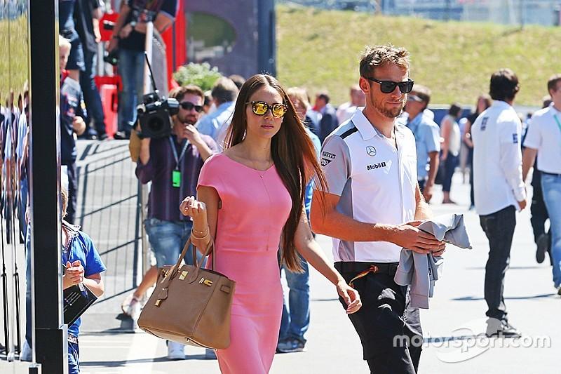 Jenson Button si è separato da Jessica Michibata