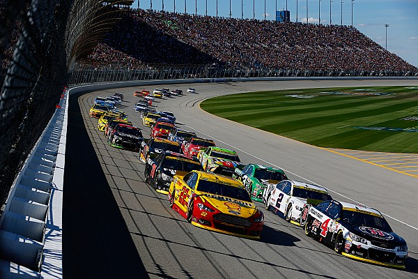 NASCAR 2016: Was ist alles neu?
