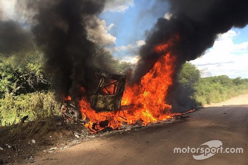 Rallye Dakar: Bestplatzierter Renault-Truck geht in Flammen auf