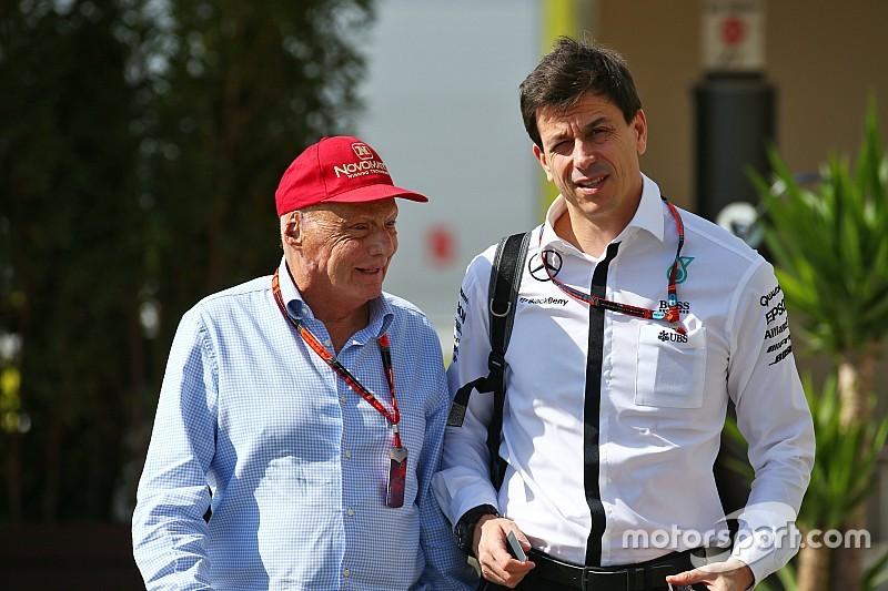 """Lauda ve a Vettel como """"adversario peligroso"""" en 2016"""