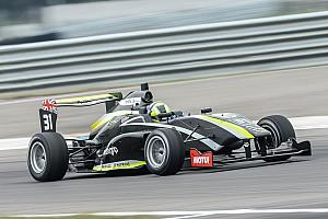 Other open wheel Relato da corrida Lando Norris vence corrida final em Taupo; Pedro Piquet é 2º