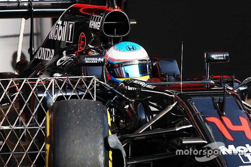 Alonso assegura: apenas McLaren pode bater Mercedes