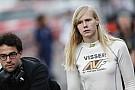 Com F1 na mira, Visser pede caminho natural para mulheres