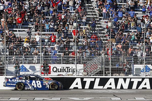 NASCAR Atlanta: Jimmie Johnson erreicht Dale Earnhardts Marke von 76 Siegen