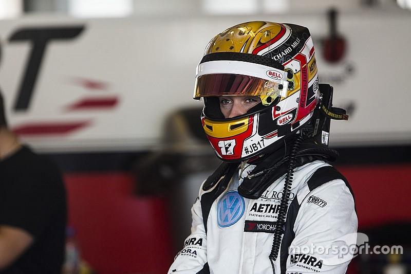 Леклер стал гонщиком по развитию в Ferrari и Haas