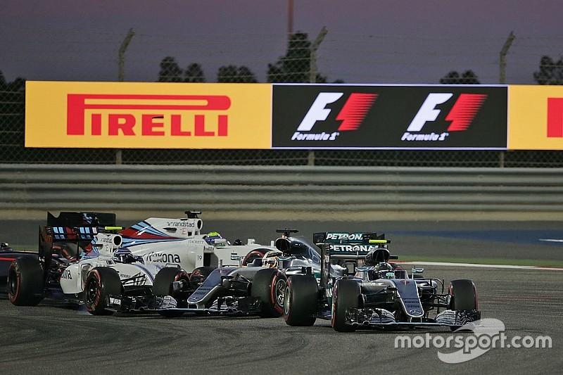 Mercedes busca una solución a sus malas salidas