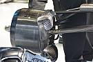 Mercedes: un flap triangolare davanti alla presa dei freni