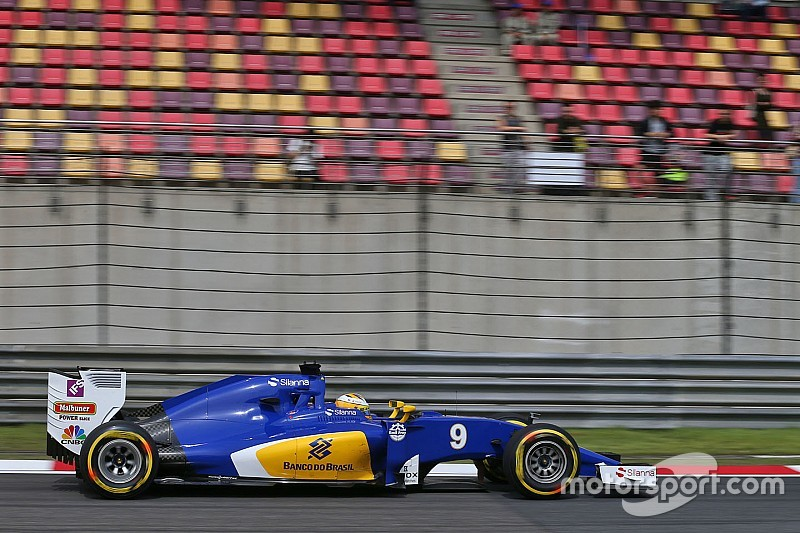 Sauber niega que se vayan a perder carreras por su economía