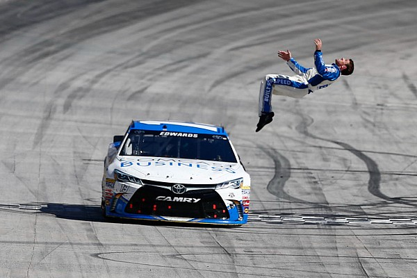 Monster Energy NASCAR Cup Carl Edwards wint voor vierde maal in Bristol