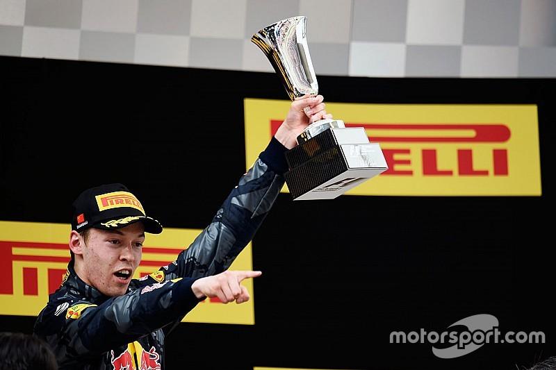 Daniil Kvyat 'Driver of the Day' in GP van China