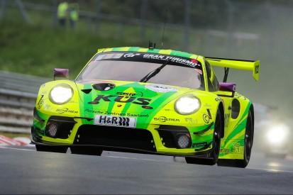 """24h Nürburgring 2021: Sieg für Porsche! """"Grello"""" gewinnt historisches Rennen"""