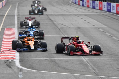 Alonso: Alpine-Gegner haben von Straßenkursen profitiert