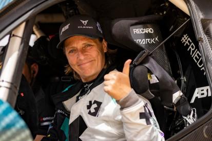 Jutta Kleinschmidt fährt Extreme-E-Saison anstatt Claudia Hürtgen zu Ende
