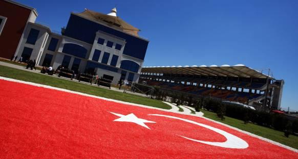 Türkiye'de bir yayın grubu FOM'dan yayın haklarını satın aldı