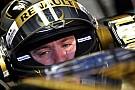 Heidfeld Renault ile ilk gününde lider