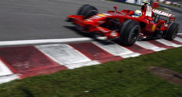 Ferrari jant kapakları olmadan yarıştı