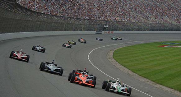 IndyCar'da motor karmaşası!