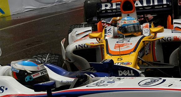 """Alonso: """"Heidfeld kazasında hata benim"""""""