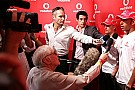 Lewis Hamilton ve Heikki Kovalainen ile soru cevap