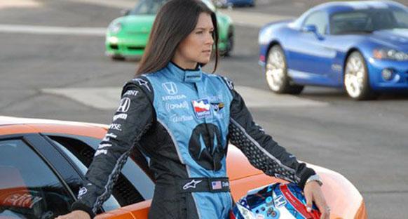 Stuck: 'Danica Patrick, Formula 1'e çok yakışır'