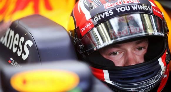 Red Bull: Kvyat'ın güveni yerine geldi
