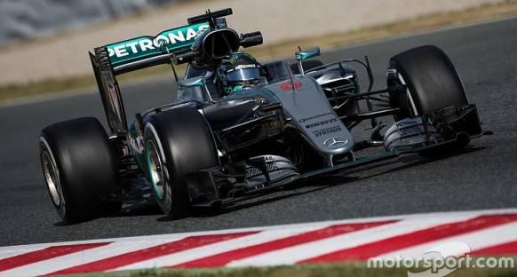 Mercedes, Avustralya'da rekabete hazır