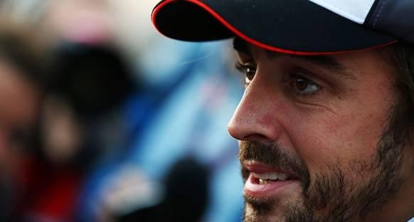 Alonso: 'Mercedes'i sadece Mclaren yenebilir'