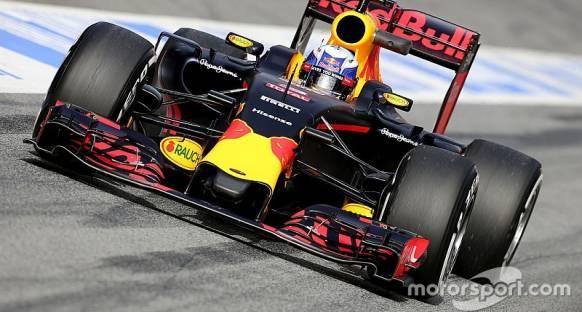 Riccardo 'Renault motoru hala aynı hissettiriyor'