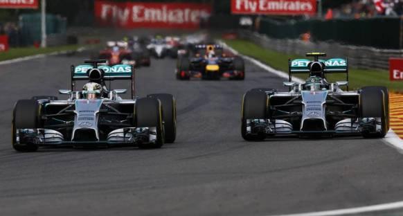 Wolff: Rosberg, Hamilton İle Mücadelede Zayıf Taraf Değil