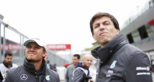 Testlerin son günü Rosberg lider